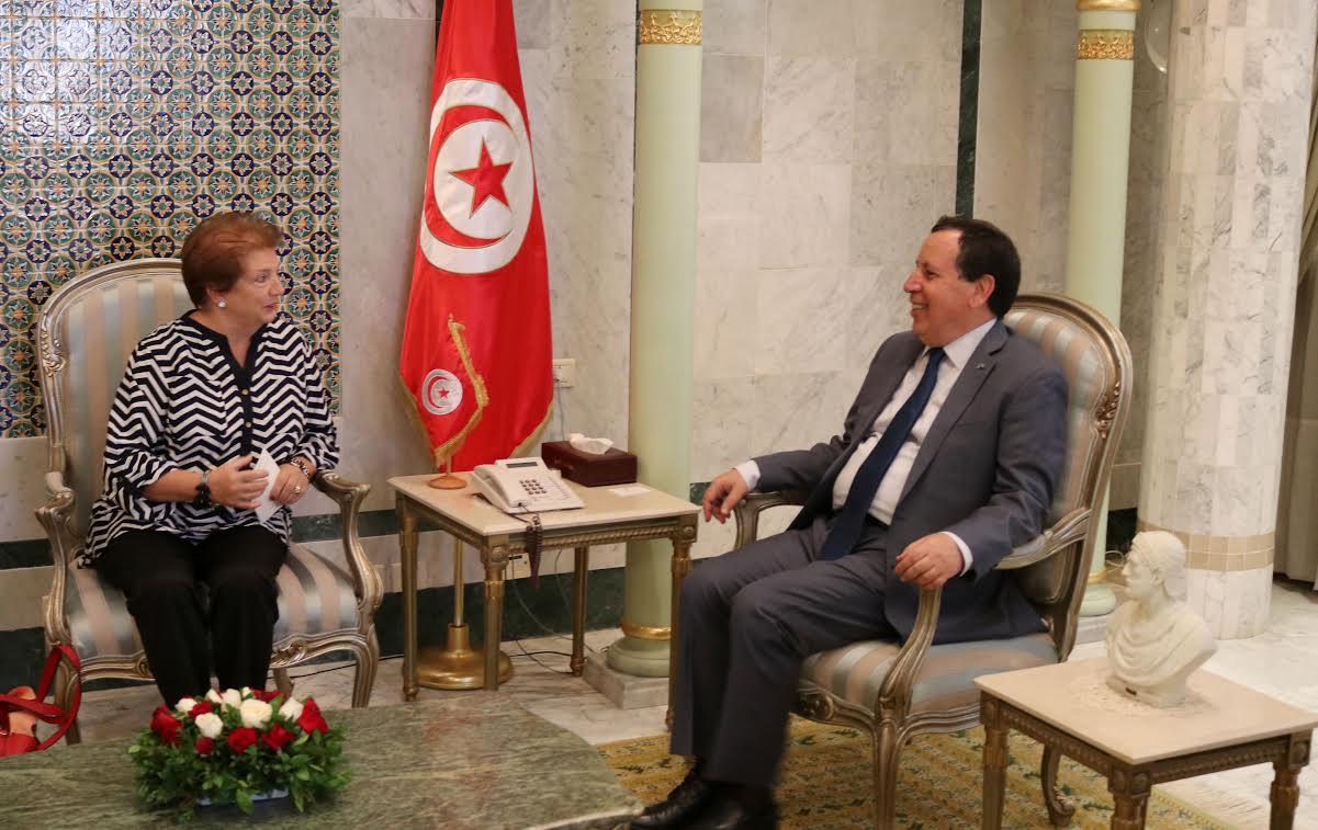 وزير الشؤون الخارجية يستقبل وفدا عن الجمعية التونسية لللأمم المتحدة